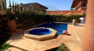 Splendide villa à vendre à Route de l'Ourika. 6 pièces