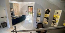 Maison de haut standing à vendre à Route Casablanca