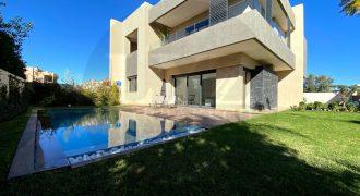 Route de Casablanca Villa de haut standing à vendre à Marrakech. 4 belles chambres piscine privative