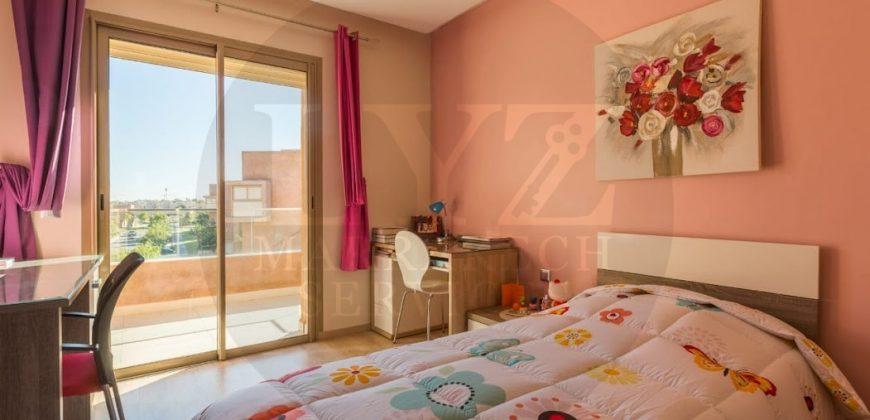 Vend somptueux appartement à Agdal golf City Prestigia