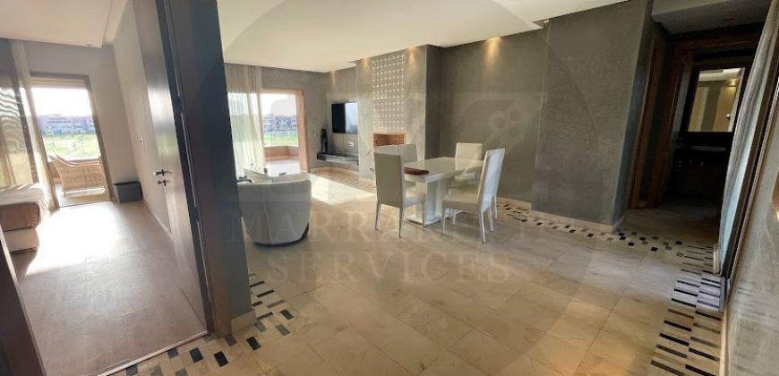 Appartement lumineux meublé à louer en longue durée avec doubles terrasses
